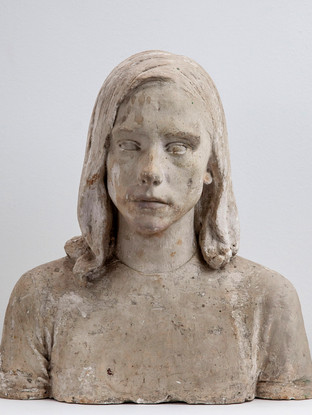 "Francisco López Hernández (Madrid, 1932 - 2017) ""Monica Siley"". 1968. Escayola. Altura 44 cms."