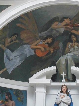 Coro de ángeles músicos