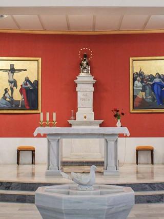 Presbiterio de la iglesia de Montserrat en Almería (diseño, barandillas y pinturas)