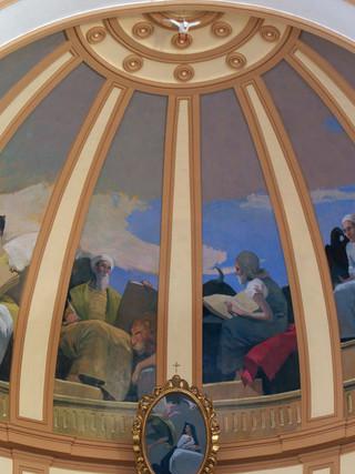 Presbiterio de la iglesia parroquial de Berja (Fe, Evangelistas y Caridad)