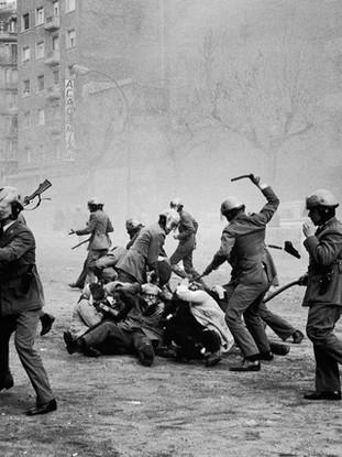 Cargas policiales, Barcelona. 1976