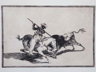 """""""El animoso moro Gazul es el primero que lanceó toros en regla"""". Serie La Tauromaquia. 1815 - 1816. Tirada de 1983, Calcografía Nacional.  Aguafuerte. y aguatinta. Huella 24x35 cms."""