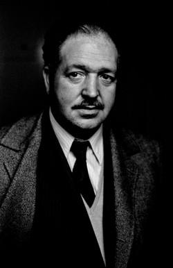 Julio Alfredo Egea, poeta, 1970