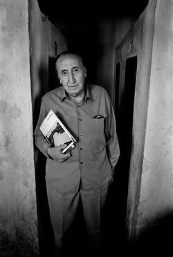 Miguel Naveros, escritor, 1972
