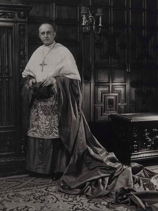 El obispo Eijo-Garay. 1945