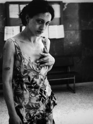 Mujer maltratada. 2000