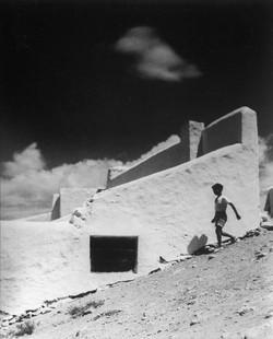 PANIAGUA_-_Las_doce_(1935)_fotografía_en_b-n