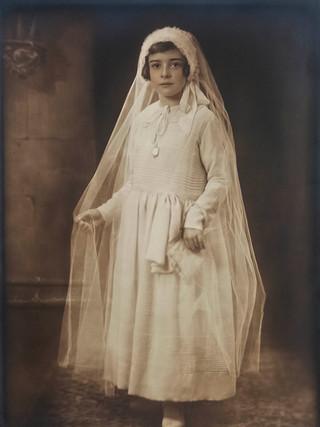 Niña de Comunión. 1930
