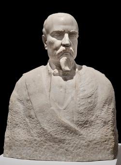 JUAN CRISTOBAL Retrato de Navarro Rodrigo 1927 marmol