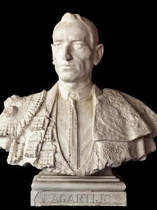 "MATEO INURRIA (Córdoba 1869-Madrid 1924) ""Busto del Lagartijo"". Altura 65 cms. Escayola."