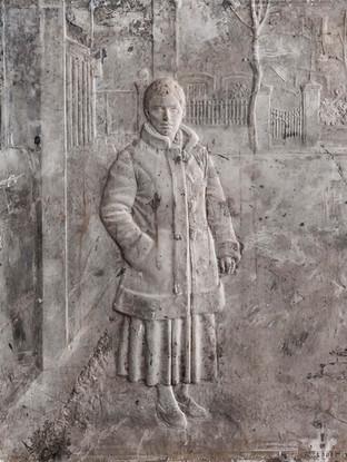 "Francisco López Hernández (Madrid, 1932 - 2017) ""Isabel en la calle"". 1980. Escayola. 58x46 cms."