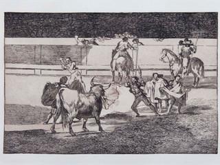 """""""Banderillas de fuego"""". Serie La Tauromaquia. 1815 - 1816. Tirada de 1983, Calcografía Nacional.  Aguafuerte. y aguatinta. Huella 24x35 cms."""