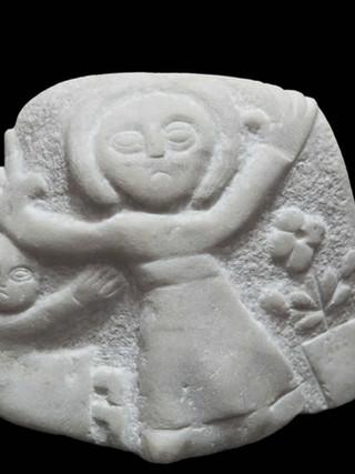 """PEDRO GILABERT GALLEGO (Arboleas, Almería, 1915 – 2008) """"Estela"""" Hacia 1980. 16x18x7 cms. Mármol blanco tallado"""