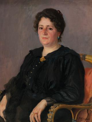 """LAUREANO BARRAU (Barcelona, 1863 – Ibiza, 1957) """"Retrato de señora"""" (Hacia 1915). Óleo sobre lienzo. 74x60 cms"""