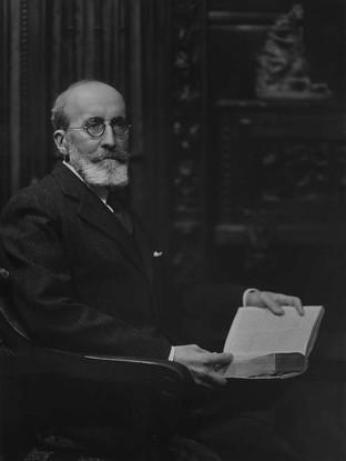 Retrato de Menéndez Pidal. hacia 1930