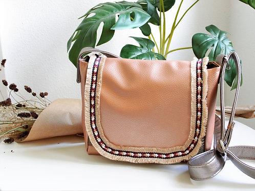 kleine Handtasche aus rosegoldenem Kunstleder innen aus englischem Tweed