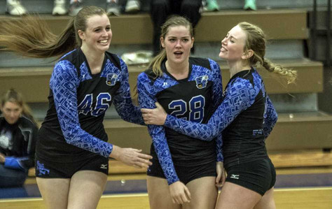South Forsyth volleyball fends off Mountain View to reach state semifinals