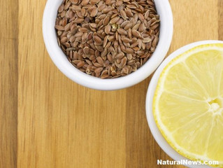 How to Treat Digestive Disorders with Lemon Juice and Flax Seeds