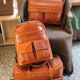THE BRIDGE cognac messenger, backbag, travelbag