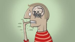 Perfil de uma pessoa ansiosa: Os 3 padrões de pensamento que disparam crises