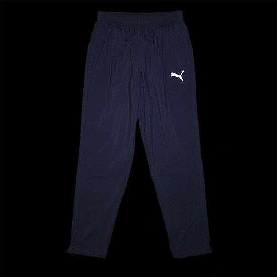 838274 061 Ess Woven Pants