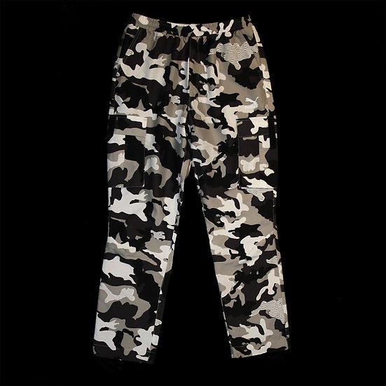 596871 37 XTG Trail Cargo AOP Pants
