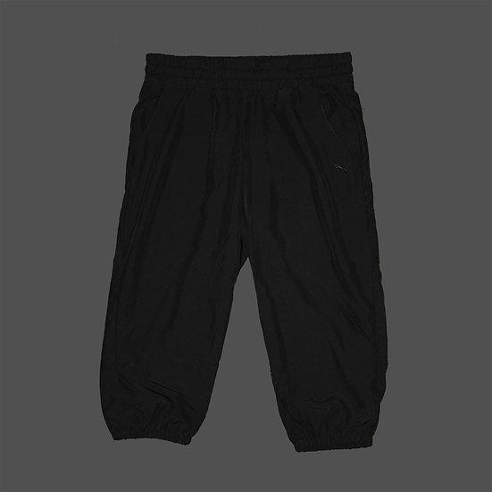 831810 01 ESS Woven 3/4 Pants
