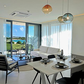 Global View Living Room