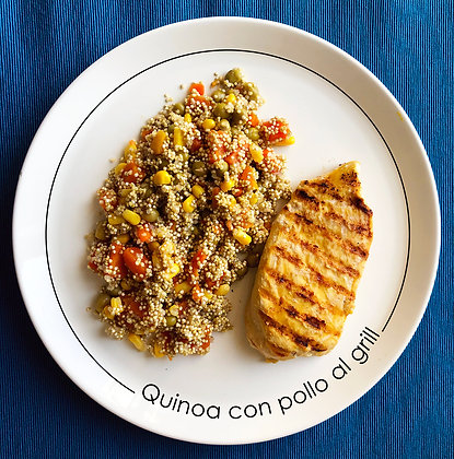 Quinoa con vegetales y pollo al grill