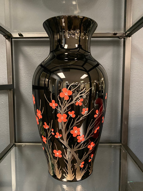 Black Lacquer Chinese Glass Vase