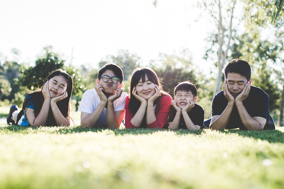 family-outdoor-happy-happiness-160994 (1