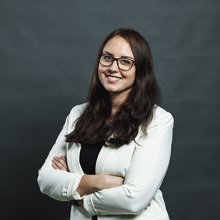Veronika Obermaier | sales assistant at BIMsystems