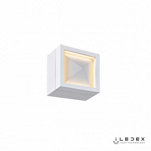 Накладной светильник Creator SMD-923404 4W 3000K WH
