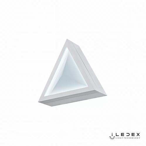 Накладной светильник Creator X070112 12W 6000K WH