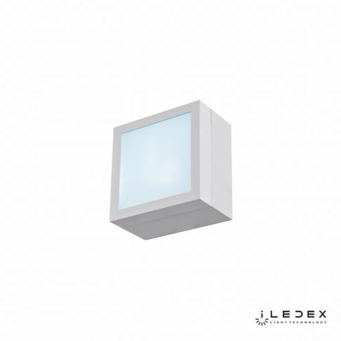 Накладной светильник Creator X068104 4W 6000K WH