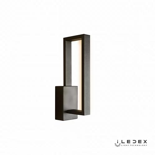 Настенный светильник Edge X050106 BK