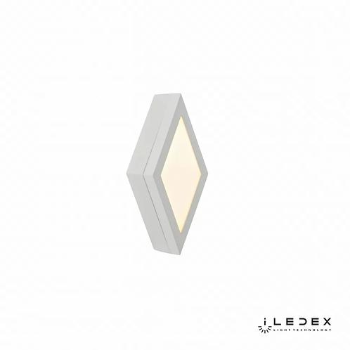 Накладной светильник Creator X068204 4W 3000K WH