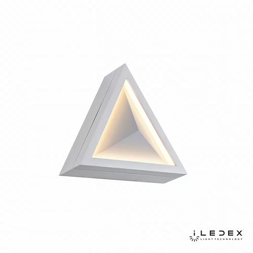 Накладной светильник Creator X070112 12W 3000K WH
