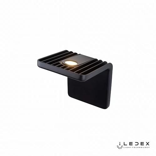 Настенный светильник Scoop ZD8006-10W BK