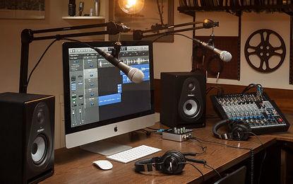 Samson-Podcast-Pro-Studio_3000x1877-768x