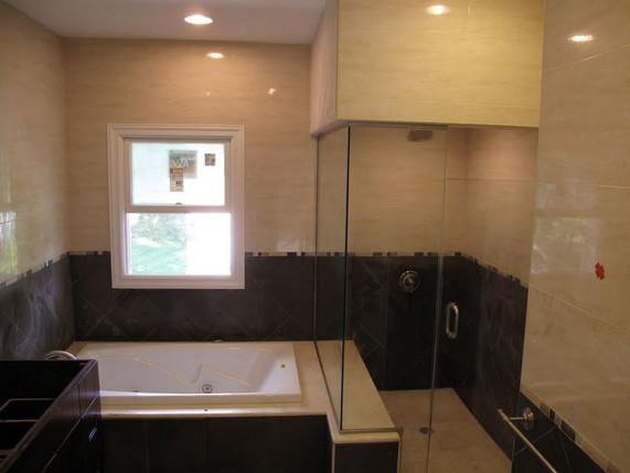 showerdoors4-large.jpg