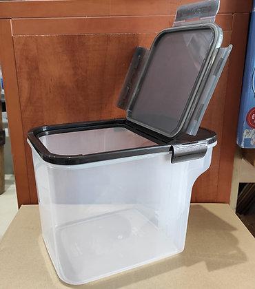 קופסא הרמטית למזווה 5 ל' לוק אנד לוק