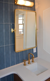 Middlesex Half Bathroom Tile