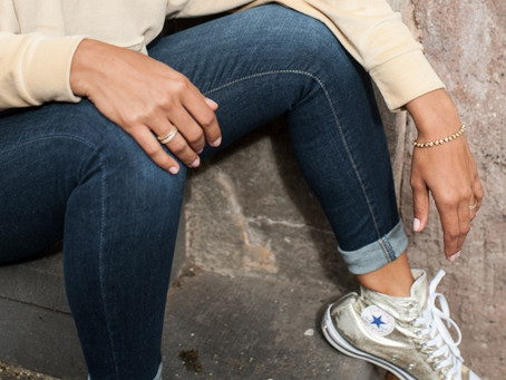Jeans und Sneaker gehen immer! 👖👟