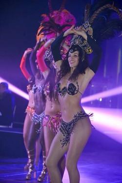 London Samba dancer troupe 5