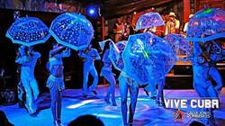 Latin show London salsa dancers