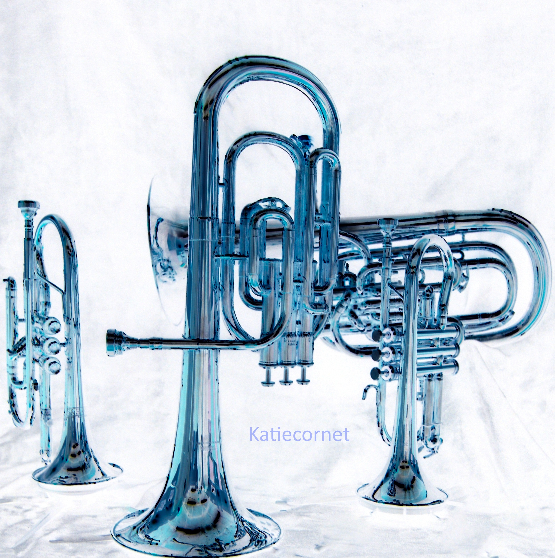 2,9 Blue brass, montage .