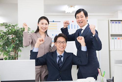 30代のビジネスマン.jpg