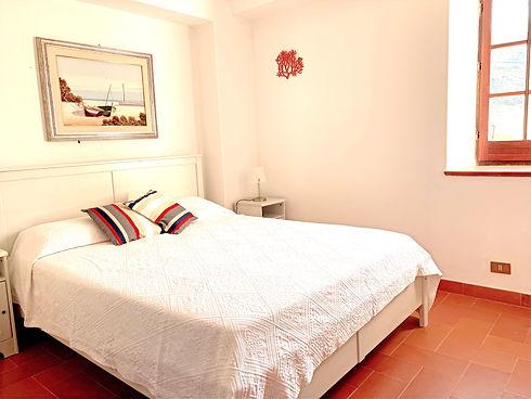 bedroom%25201_3_edited_edited.jpg