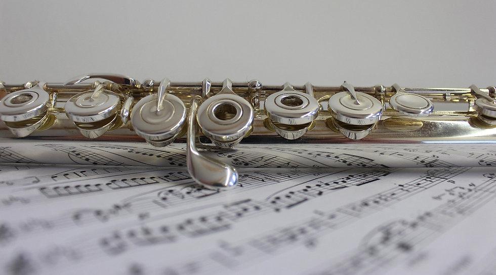Flute%20Music%20Notes_edited.jpg